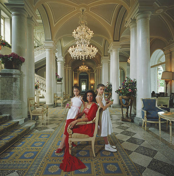 1980-1989 Art Print featuring the photograph Droulers And Daughters by Slim Aarons