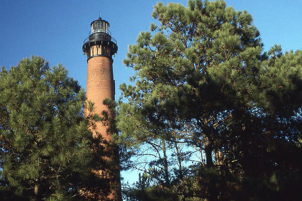 Currituck Beach Light Art Print featuring the photograph Cirrituck Beach Light by Herbert Gatewood