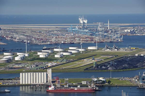 Benelux Art Print featuring the photograph Maasvlakte, Europort, Rotterdam by Bram van de Biezen