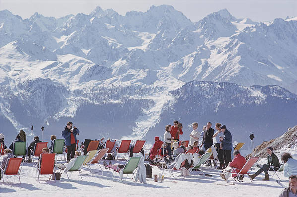 People Art Print featuring the photograph Lounging In Verbier by Slim Aarons