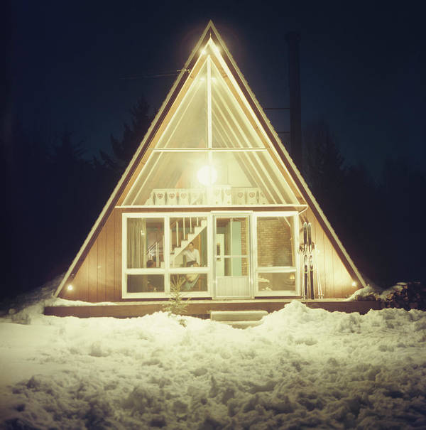 Triangle Shape Art Print featuring the photograph Skaal House In Stowe by Slim Aarons