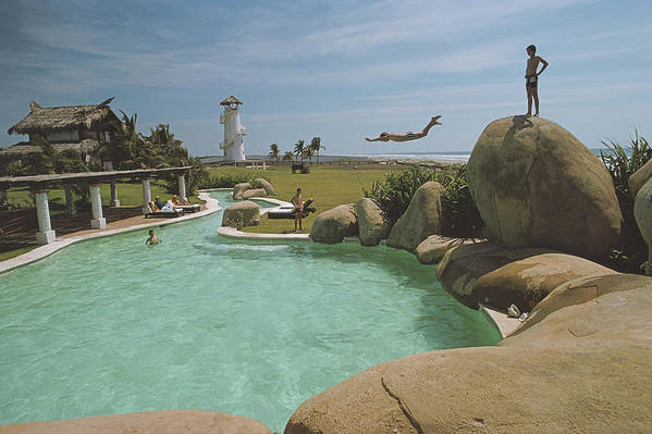 Diving Into Water Art Print featuring the photograph Little Beach House, Acapulco by Slim Aarons