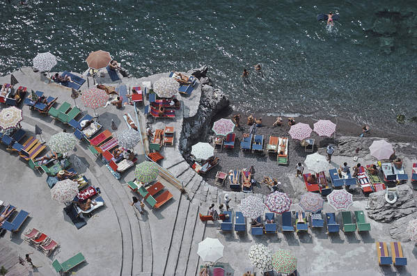 Curve Art Print featuring the photograph Positano Beach by Slim Aarons