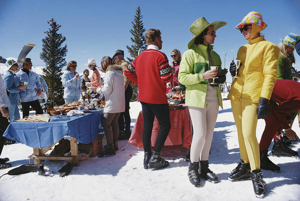 People Art Print featuring the photograph Snowmass Gathering by Slim Aarons