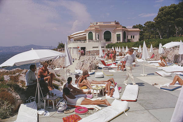 People Art Print featuring the photograph Sunbathing At Hotel Du Cap-eden-roc by Slim Aarons