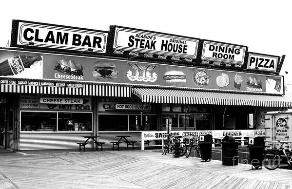 Seaside Dining Art Print featuring the photograph Seaside Dining by John Rizzuto