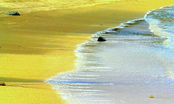 Hawaii Beach Art Print featuring the photograph Quiet Time by James Temple