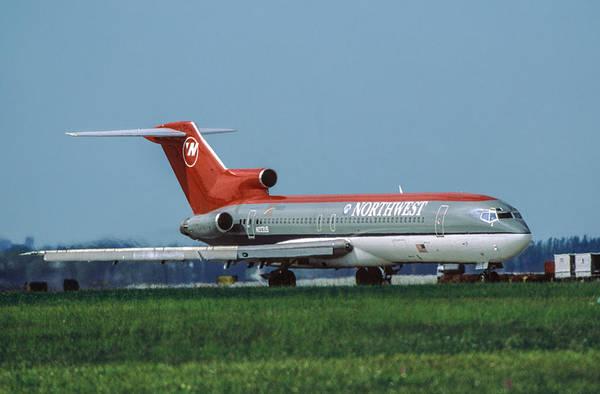 Northwest Airlines Boeing 727 at Miami by Erik Simonsen