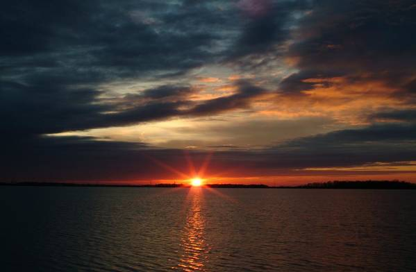 Sunset Art Print featuring the photograph 041509-12 by Mike Davis