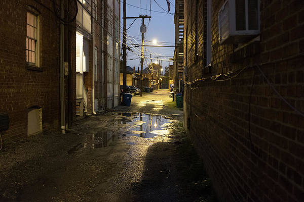 Rva Art Print featuring the photograph Fan Alleyway In Rva by Doug Ash