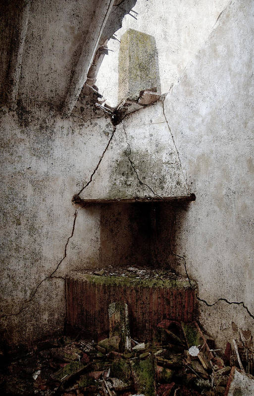 Grunge Art Print featuring the photograph Abandoned Little House 2 by RicardMN Photography
