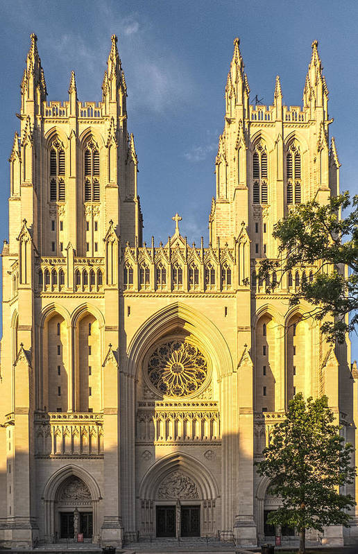 National Cathedral Art Print featuring the photograph Washington National Cathedral by Sam Garvin