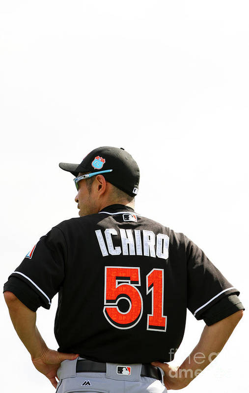 People Art Print featuring the photograph Ichiro Suzuki by Rob Foldy