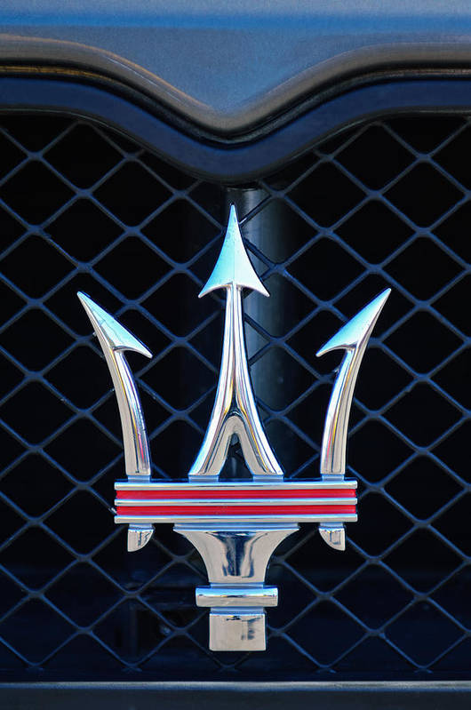 2005 Maserati Gt Coupe Corsa Emblem Art Print featuring the photograph 2005 Maserati Gt Coupe Corsa Emblem by Jill Reger