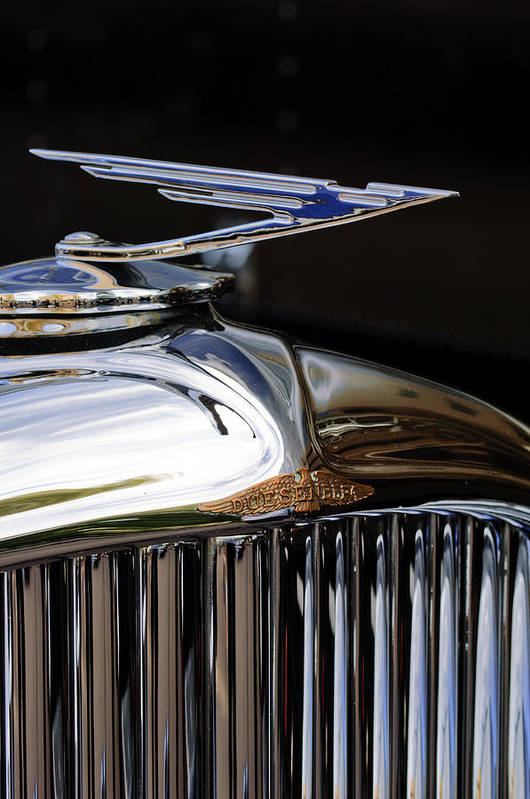 1929 Duesenberg Model J Clear Vision Sedan Art Print featuring the photograph 1929 Duesenberg Model J Hood Ornament by Jill Reger