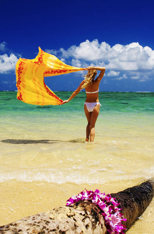 Beach Art Print featuring the photograph Punaluu Beach Vacation by Tomas del Amo - Printscapes