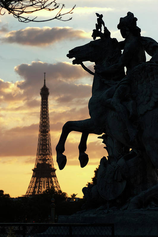 Landmark Art Print featuring the photograph Paris Sunset by Carl Purcell