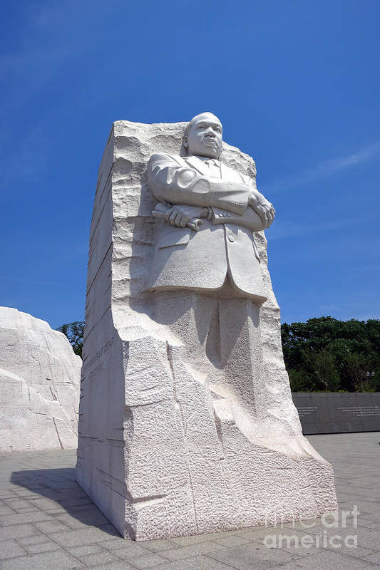 Washington Print featuring the photograph Dr Martin Luther King Memorial by Olivier Le Queinec
