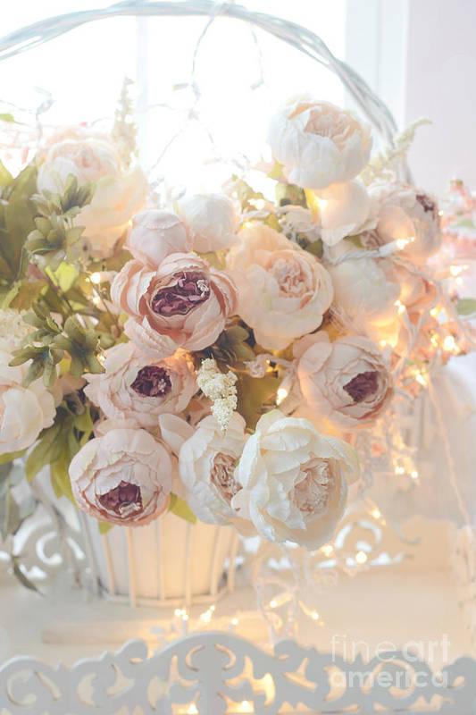Romantic shabby chic dreamy pink and white peonies - Telas shabby chic ...