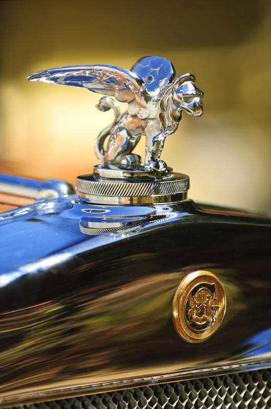 1929 Gardner Series 120 Eight-in-line Roadster Art Print featuring the photograph 1929 Gardner Series 120 Eight-in-line Roadster Hood Ornament by Jill Reger