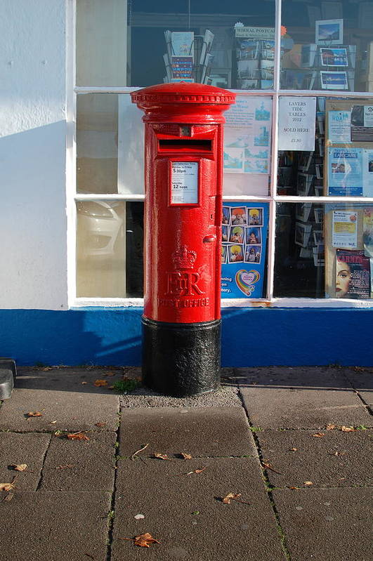 Dickon Art Print featuring the photograph Jubilee Postbox by Dickon Thompson