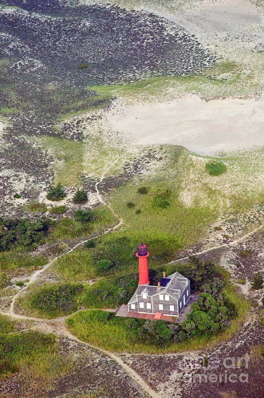 Lighthouse Art Print featuring the photograph Monomoy Light At Monomoy Wildlife Refuge In Chatham On Cape Cod by Matt Suess