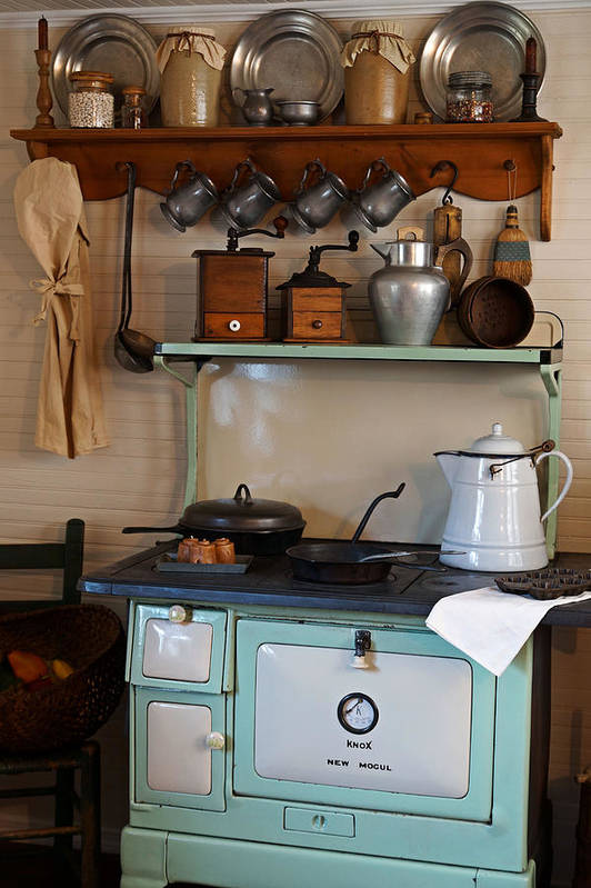 Antiques Art Print featuring the photograph Old Cook Stove by Carmen Del Valle