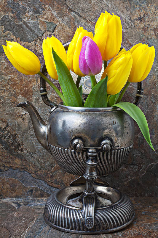 Old Tea Pot Print featuring the photograph Old Tea Pot And Tulips by Garry Gay