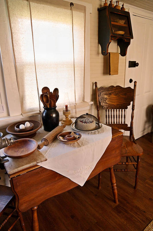 Antique Kitchen Print featuring the photograph Old Time Kitchen Table by Carmen Del Valle