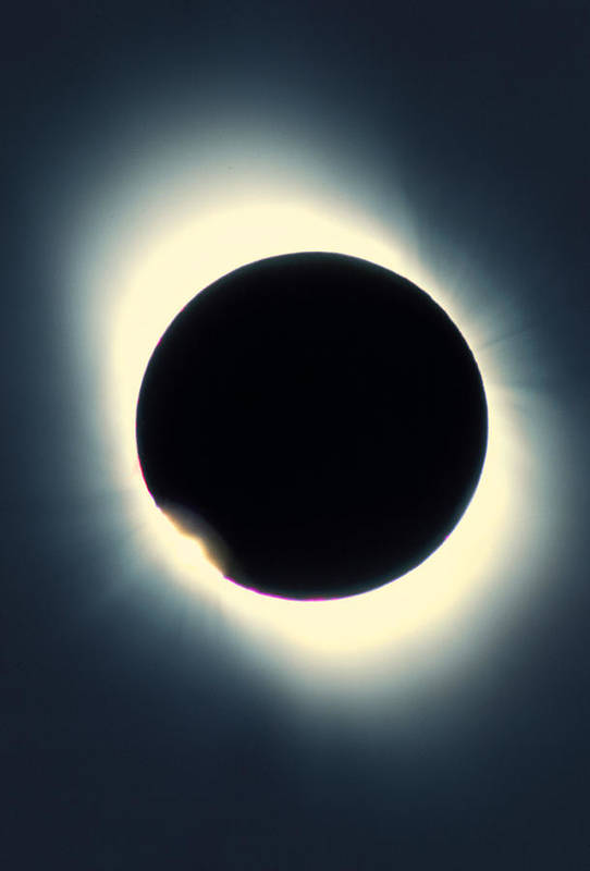 Eclipse Art Print featuring the photograph Total Solar Eclipse From Aruba, 26/02/1998 by David Nunuk