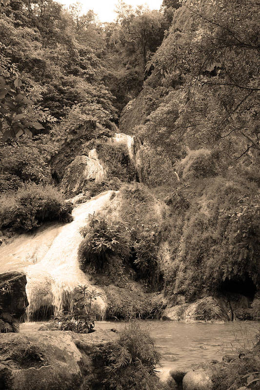 Waterfalls Art Print featuring the photograph 08005 by Jeffrey Freund