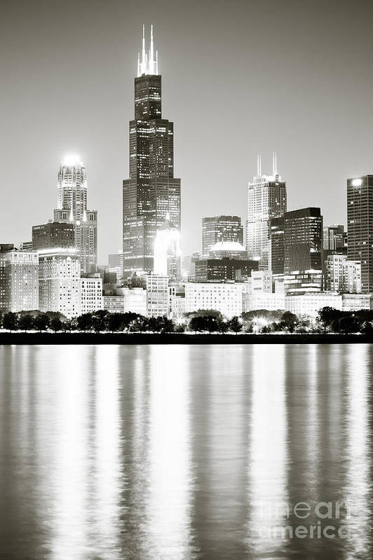 America Art Print featuring the photograph Chicago Skyline At Night by Paul Velgos