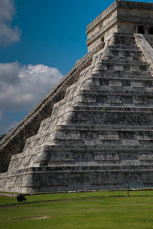 Chichen Itza Art Print featuring the photograph Chichen Itza by Juan Gnecco