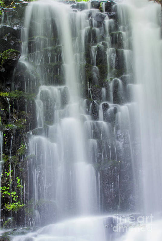 Columbia River Gorge Art Print featuring the photograph Coopey Falls by Patricia Babbitt