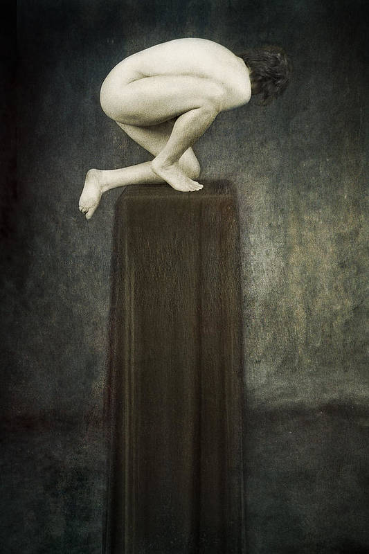 Art Print featuring the photograph Discobolus by Zygmunt Kozimor