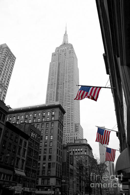 Manhattan Print featuring the photograph Empire State Building In The Mist by John Farnan