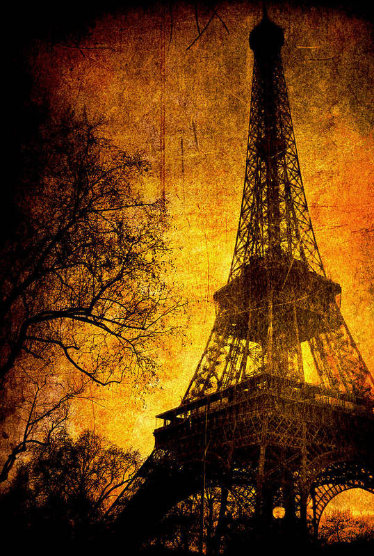 Eiffel Art Print featuring the photograph Esthetic Luster by Andrew Paranavitana