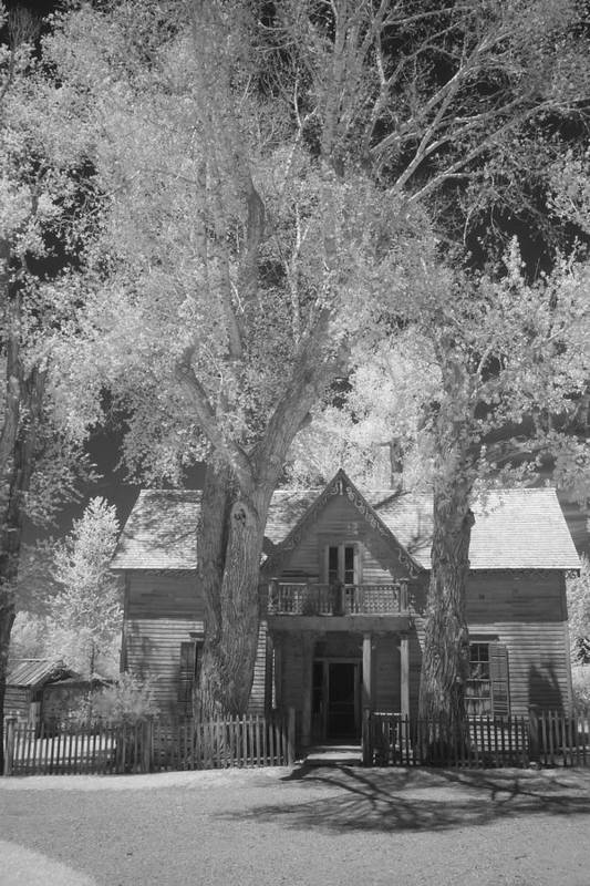 Black And White Art Print featuring the photograph Old House by Carl Hinkle