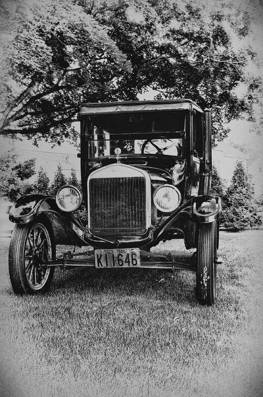 Ford Model T Art Print featuring the photograph Tin Lizzy - Ford Model T by Bill Cannon