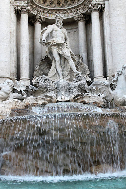 Trevi Art Print featuring the photograph Trevi Fountain Rome by Munir Alawi