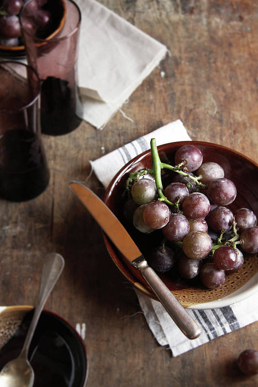 Spoon Art Print featuring the photograph Grape by 200