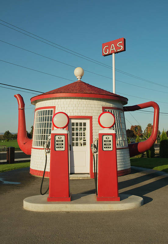 Outdoors Art Print featuring the photograph Historic Teapot Gas Station by Kevin Schafer