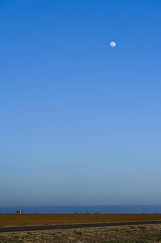 Us 87 Art Print featuring the photograph Moon Over Red Fields by Alan Tonnesen
