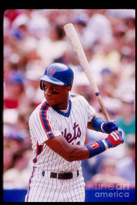 1980-1989 Art Print featuring the photograph Darryl Strawberry by Getty Images