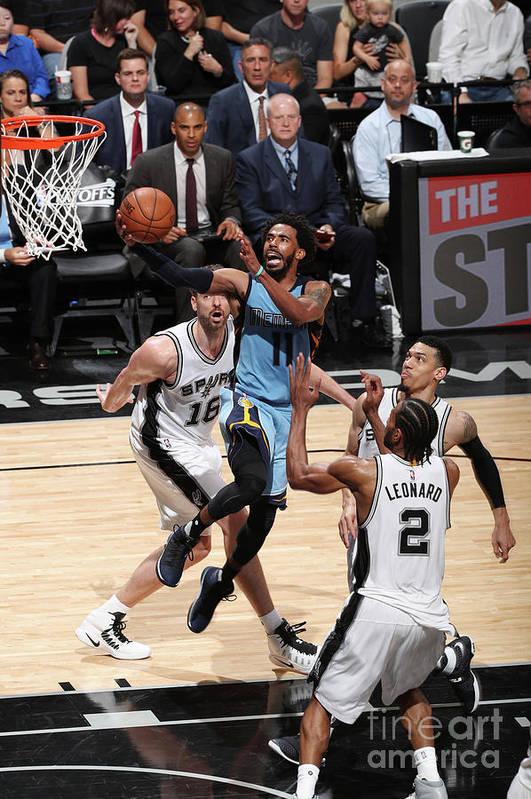 Playoffs Art Print featuring the photograph Memphis Grizzlies V San Antonio Spurs - by Joe Murphy