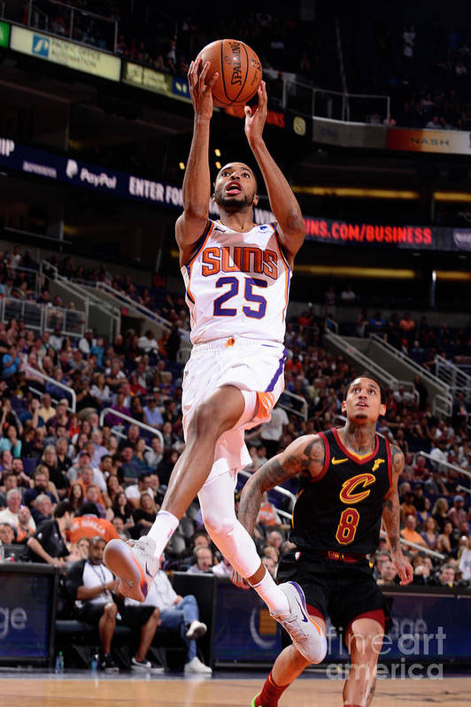 Nba Pro Basketball Art Print featuring the photograph Cleveland Cavaliers V Phoenix Suns by Barry Gossage