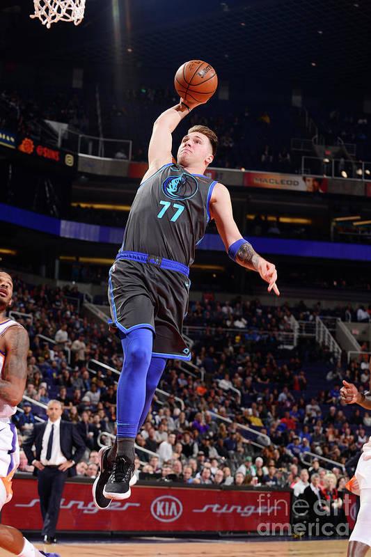 Nba Pro Basketball Art Print featuring the photograph Dallas Mavericks V Phoenix Suns by Barry Gossage