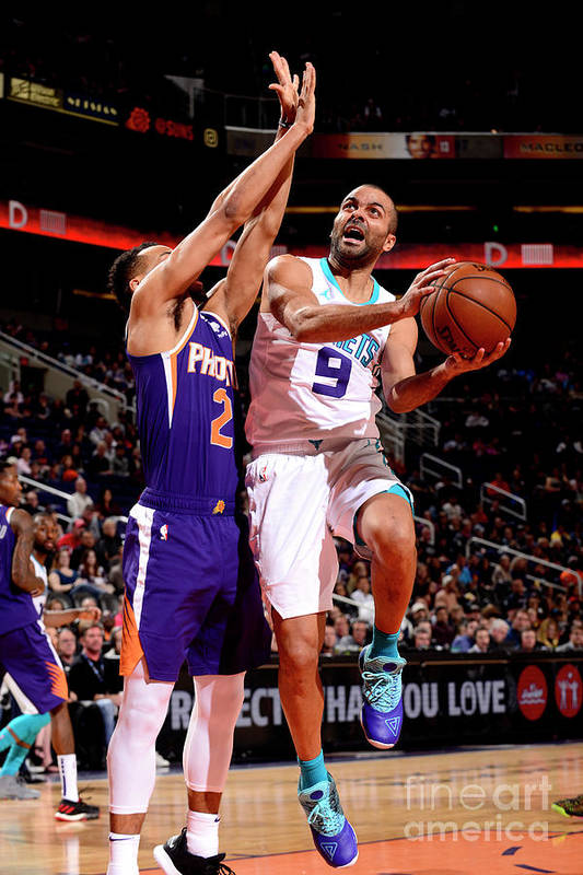 Nba Pro Basketball Art Print featuring the photograph Charlotte Hornets V Phoenix Suns by Barry Gossage