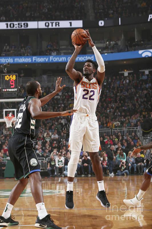 Nba Pro Basketball Art Print featuring the photograph Phoenix Suns V Milwaukee Bucks by Gary Dineen