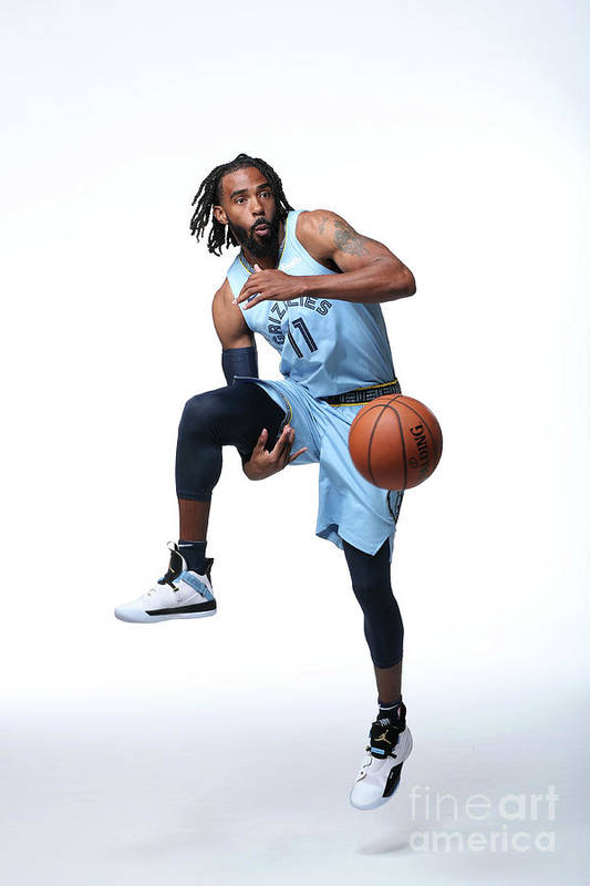 Media Day Art Print featuring the photograph 2018-19 Memphis Grizzlies Media Day by Joe Murphy